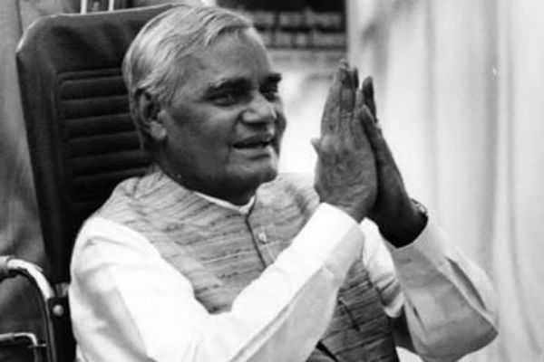 pm-narendra-modi-mourning-to-vajpayee-death