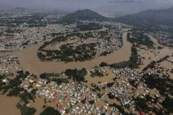 kerala-floods-property-worth-rs-8000-crore-were-damaged