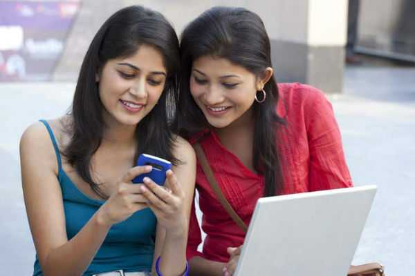 the-ban-on-the-use-of-cell-phones-in-colleges-is-withdrawn