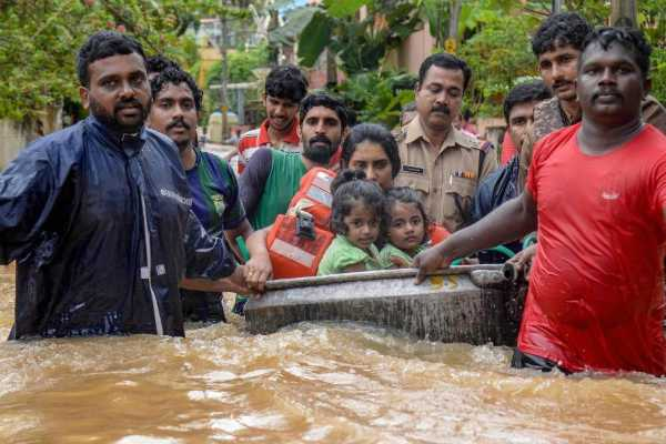uae-offered-financial-assistance-of-rs-700-crores-for-for-kerala-flood-relief