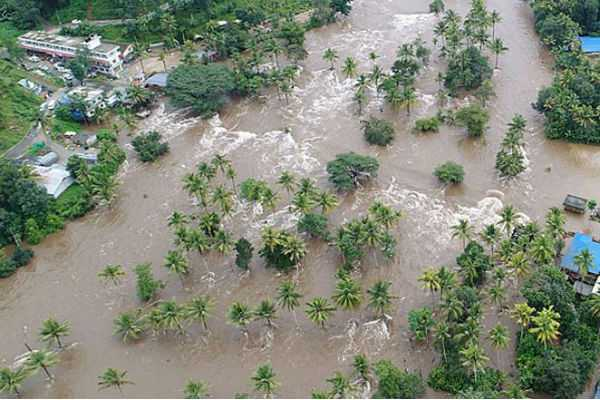 student-donates-rs-10-thousand-for-kerala-people