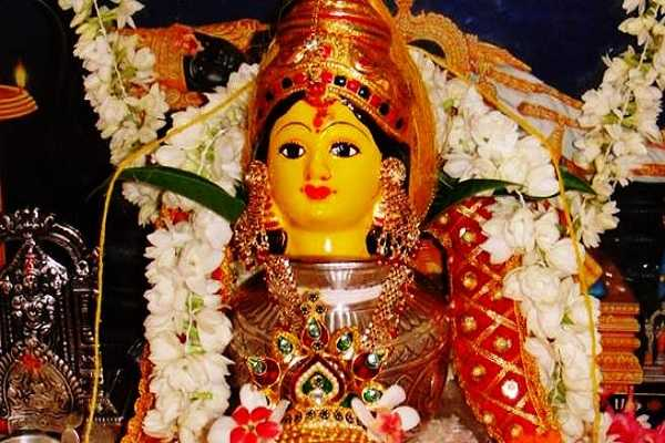 varalakshmi-viratham-that-makes-ashta-lakshmi-happy