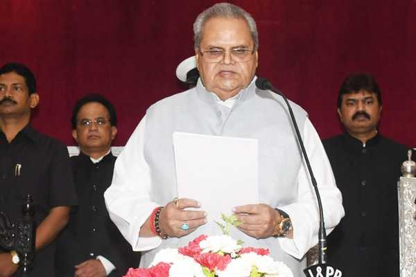 former-bihar-governor-satya-pal-malik-sworn-in-as-jammu-and-kashmir-governor