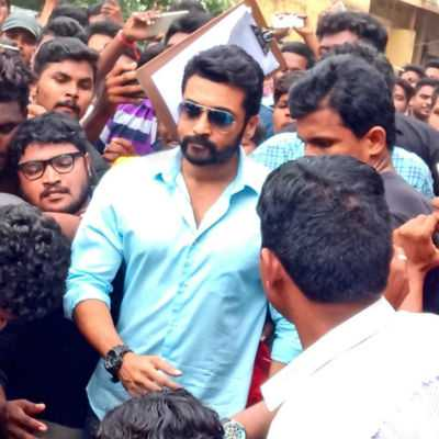 actor-surya-mobbed-shooting-cancelled