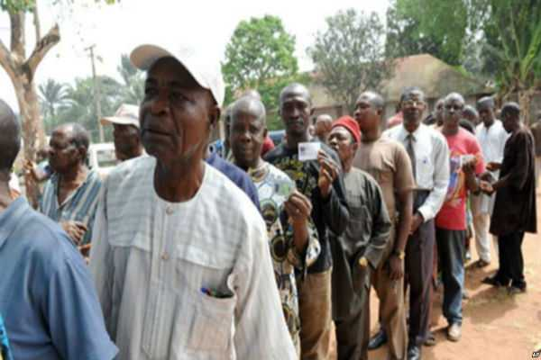 lagosians-in-last-minute-rush-as-voter-registration-ends
