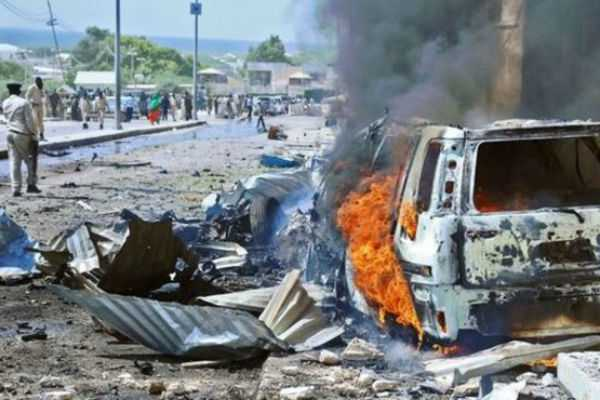 bomb-blast-at-somalia-s-capital-3-killed