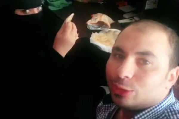 saudi-arabia-holds-egyptian-who-ate-breakfast-with-female-coworker