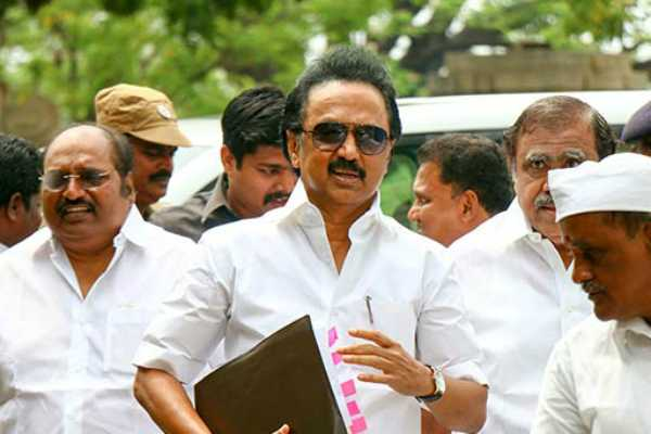m-k-stalin-slams-minister-s-p-velumani-over-scam-allegations-on-him