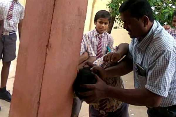 andhra-school-principal-thrashes-tribal-students-caught-on-tape