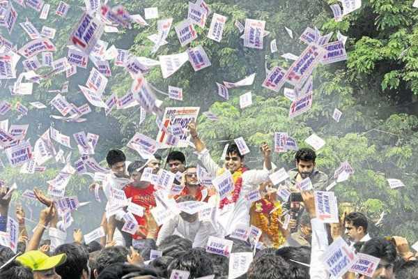 bjp-students-sweep-delhi-university-student-elections