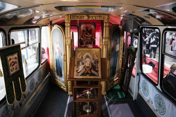 the-only-bus-church-in-russia-presented-in-moscow
