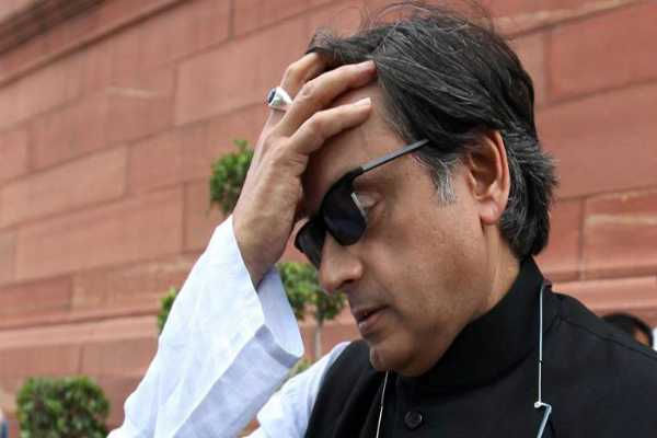 kerala-floods-abroad-collect-money-shashi-tharoor-secret-operation