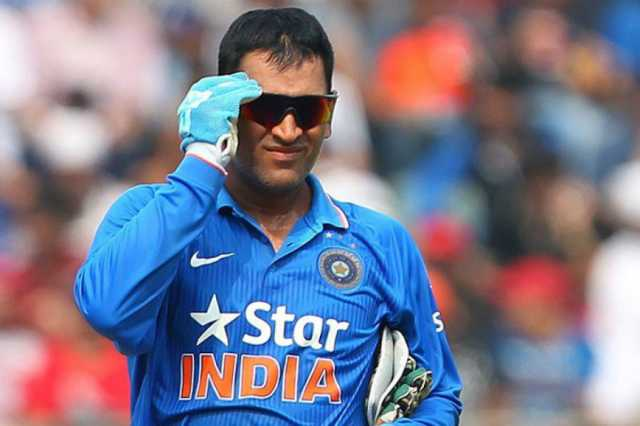 ms-dhoni-overtakes-rahul-dravid-to-become-the-second-most-capped-indian