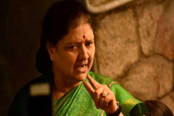 jayalalithaa-s-death-trial-sasikala-family-warns-to-arumugasamy-commision