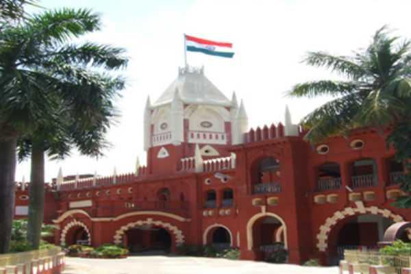 orissa-advocates-defy-supreme-court-order