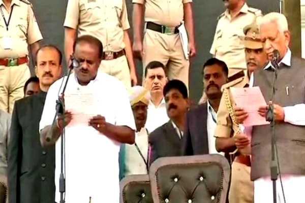 on-october-12th-change-the-ministreis-missing-kumaraswam-government-in-karnataka