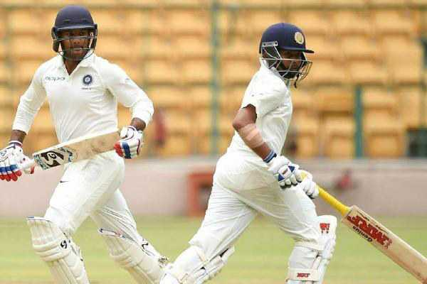 india-score-364-4-in-first-day-after-shaw-ton