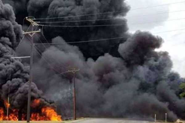 50-killed-100-burnt-in-oil-tanker-road-crash-in-dr-congo-says-official