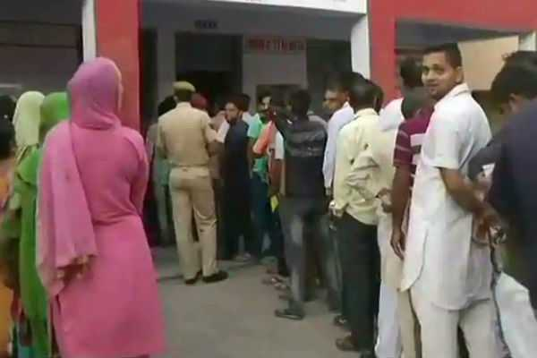 jammu-and-kashmir-civic-body-polls-voting-underway-amid-heavy-security