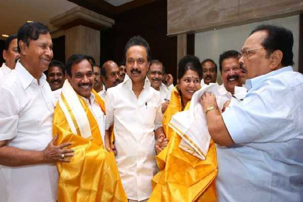 stalin-in-t-r-balu-is-arms-udhayanidhi-in-t-r-b-raja-is-arms