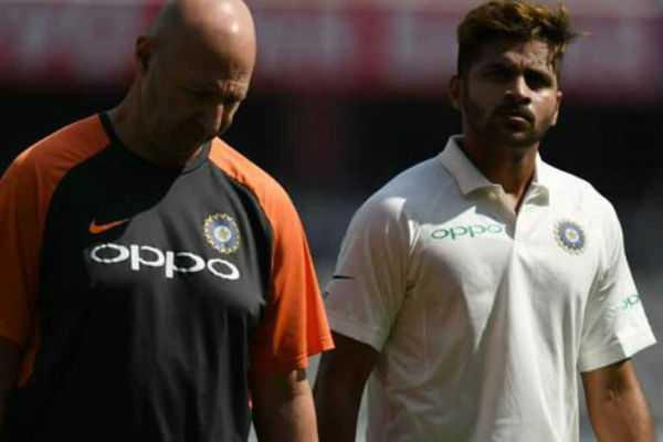 shardul-thakur-injured-in-his-debut-test-match