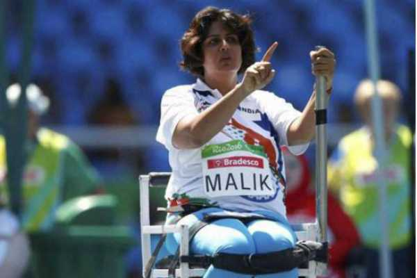 asian-para-games-paralympic-medallist-deepa-malik-wins-bronze-in-discus-throw