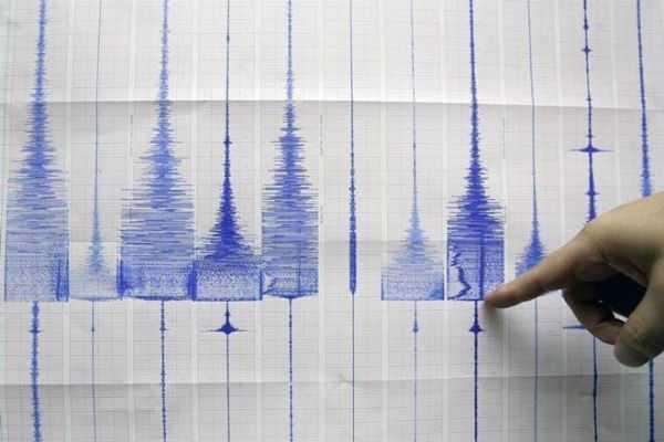 5-4-magnitude-quake-hits-northwest-china
