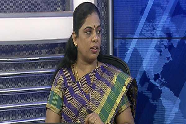 sivasankari-get-ready-open-talk-for-t-t-v-dhinakaran-secrets