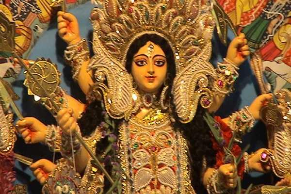 grand-navarathiri-begins-eighth-day-of-worship