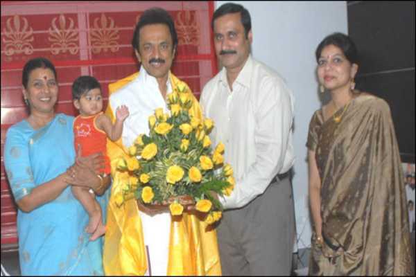 vijay-is-thalapathy-stalin-s-family-roasting-the-kalanidhi-maran