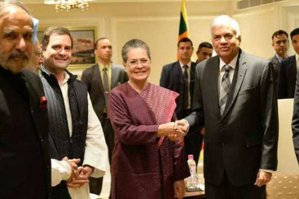 congress-party-president-rahul-gandhi-called-on-sri-lankan-pm-ranil-wickremesinghe-in-newdelhi