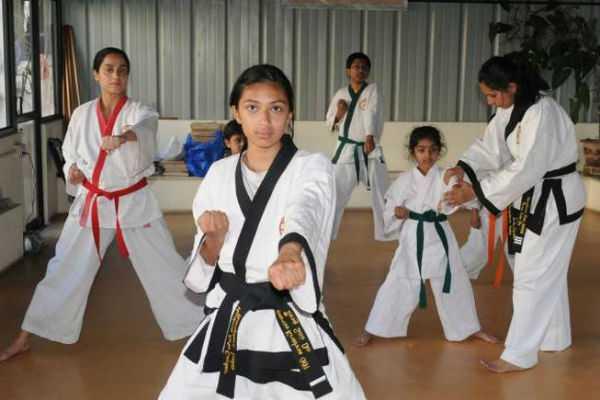 martial-arts-coaching-for-tamilnadu-govt-school-girl-students
