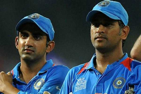 bjp-eyes-dhoni-and-gambhir-for-2019-elections