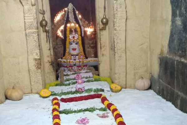 annabishegam-in-gangaikonda-sozhapuram-temple