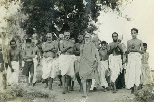 perumal-and-kanchi-maha-same