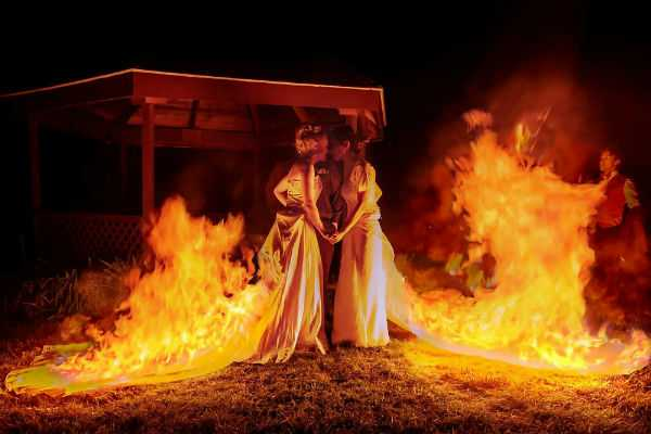 brides-celebrate-marriage-by-burning-their-dresses