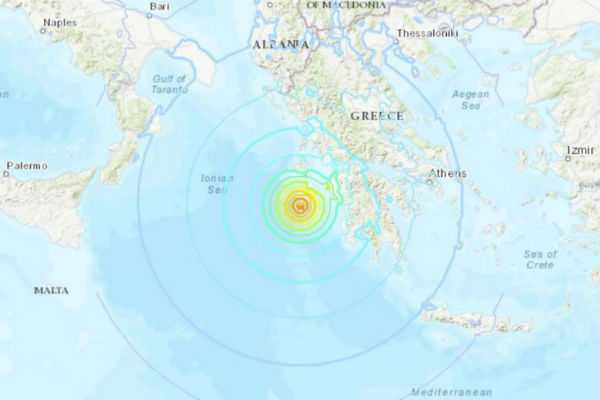 strong-6-8-magnitude-earthquake-strikes-off-greece