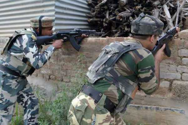 kashmir-two-terrorists-one-soldier-killed-in-fight