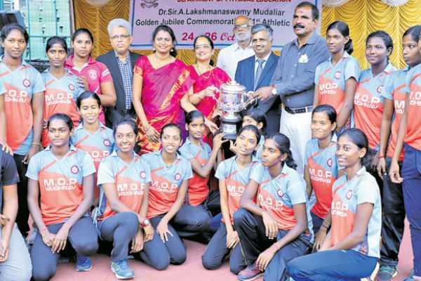 madras-university-athletic-meet-mob-vaishnava-won-the-title