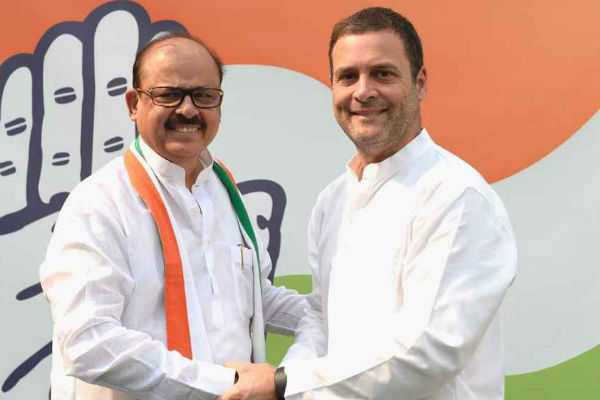 sarath-pawar-partyman-tariq-anwar-joins-in-congress