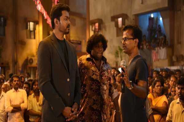 sarkar-issue-vijay-handed-over-a-r-murugadoss