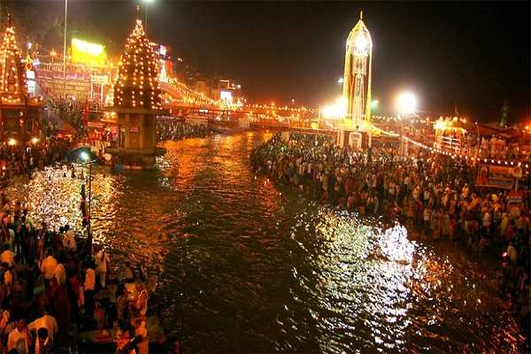 deepawali-special-deepavali-on-the-banks-of-the-ganges