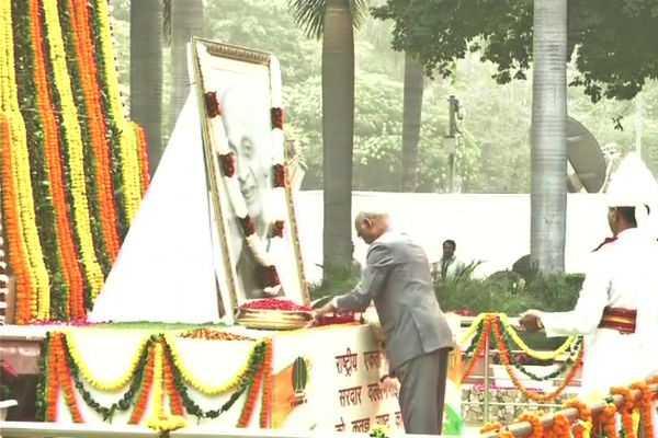 president-vice-president-paid-tributes-to-sardar-vallabhbhai-patel