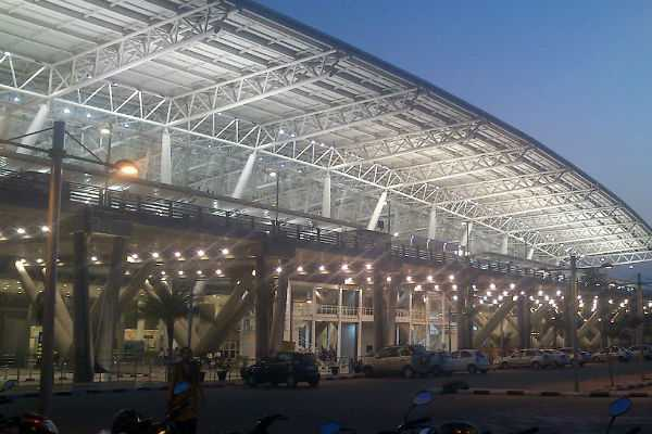 smugler-arrested-at-chennai-airport