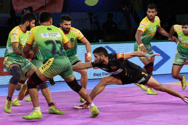 telugu-titans-beat-patna-pirates-53-32