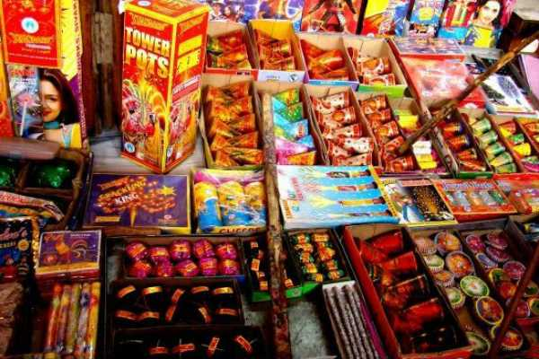sc-order-on-diwali-crackers