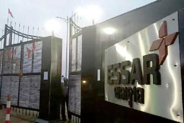 essar-steel-seeks-withdrawal-from-ibc-process-offers-rs-54-389-cr-to-all-creditors