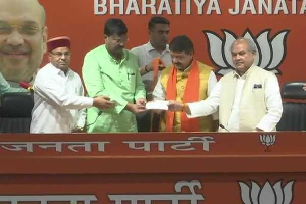 premchand-guddu-former-congress-mp-from-madhyapradesh-joins-bjp