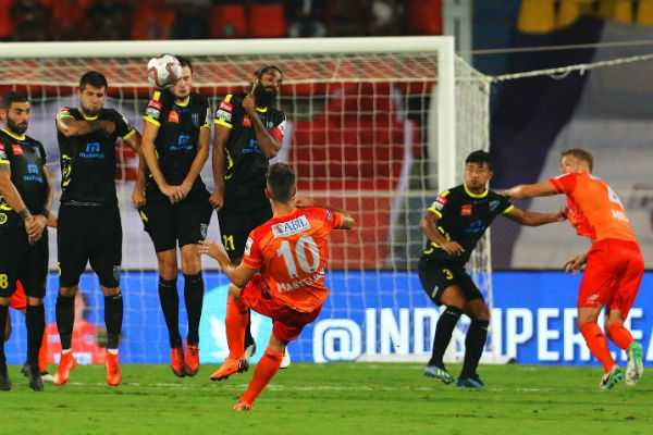 isl-football-kerala-pune-ends-in-draw