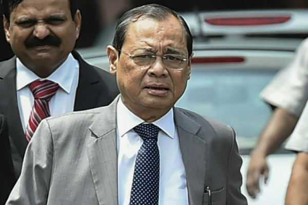 in-supreme-court-you-must-speak-in-english-cji-ranjan-gogoi-tells-judge-after-hearing-him-argue-in-court-in-hindi